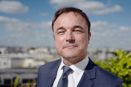 Daniel sueur : Directeur des Ressources Humaines de transition